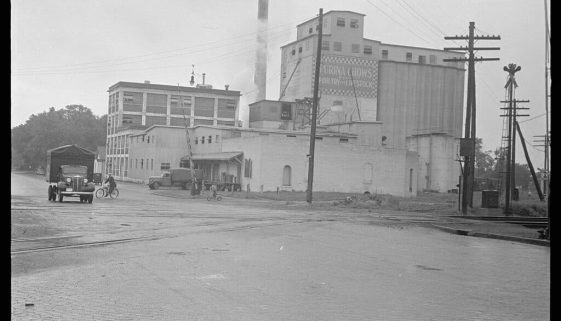Eshelman Feed Mill Circleville Ohio-1938