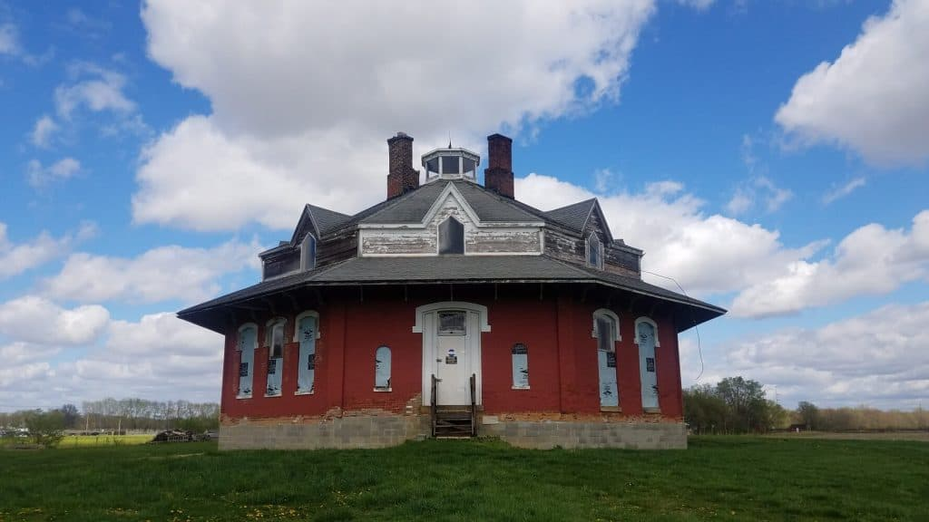 Octagon House Spring 2019