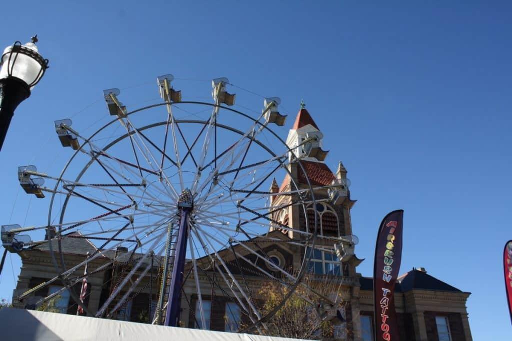 Ferris wheel rides in Circleville