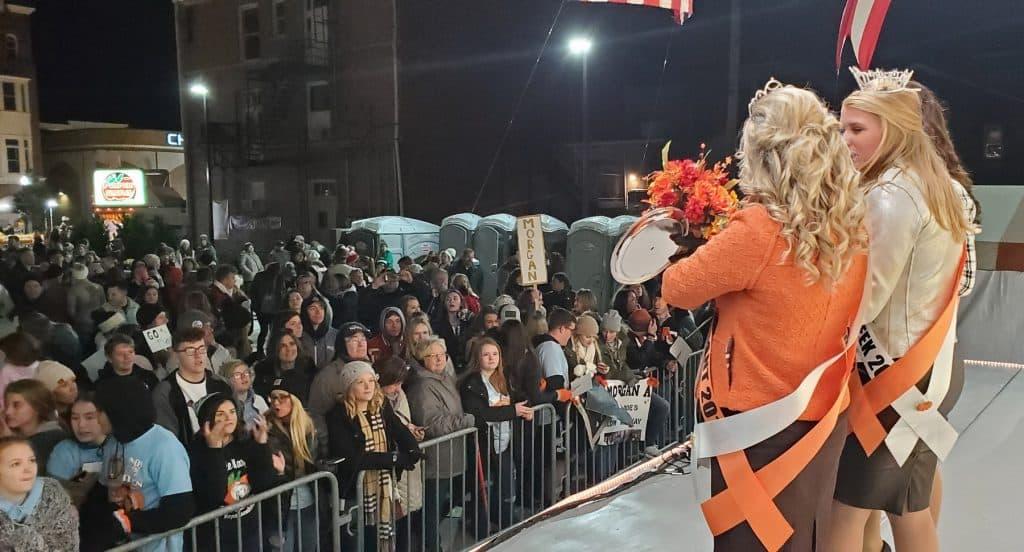 2019 Circleville Miss Pumpkin Show Royal Court facing the Pumpkin Show park Crowd