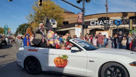 Don McIlroy in the Pumpkin Show Parade
