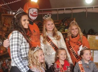 Little Miss, Miss Pumpkin Show and their Courts with the Pumpkin Man