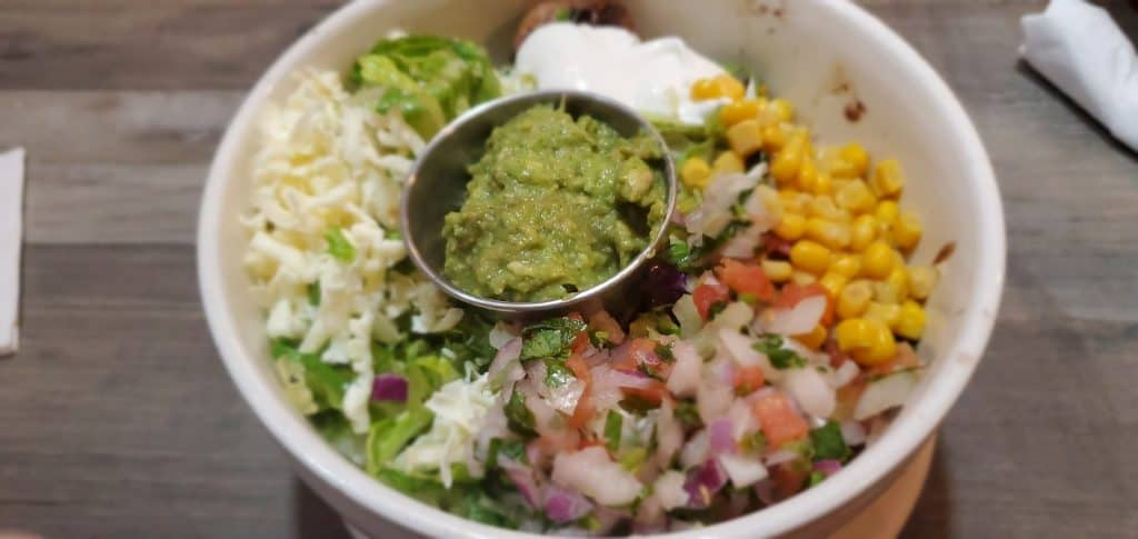 Lunch Grilled Bowl from El Pedregal
