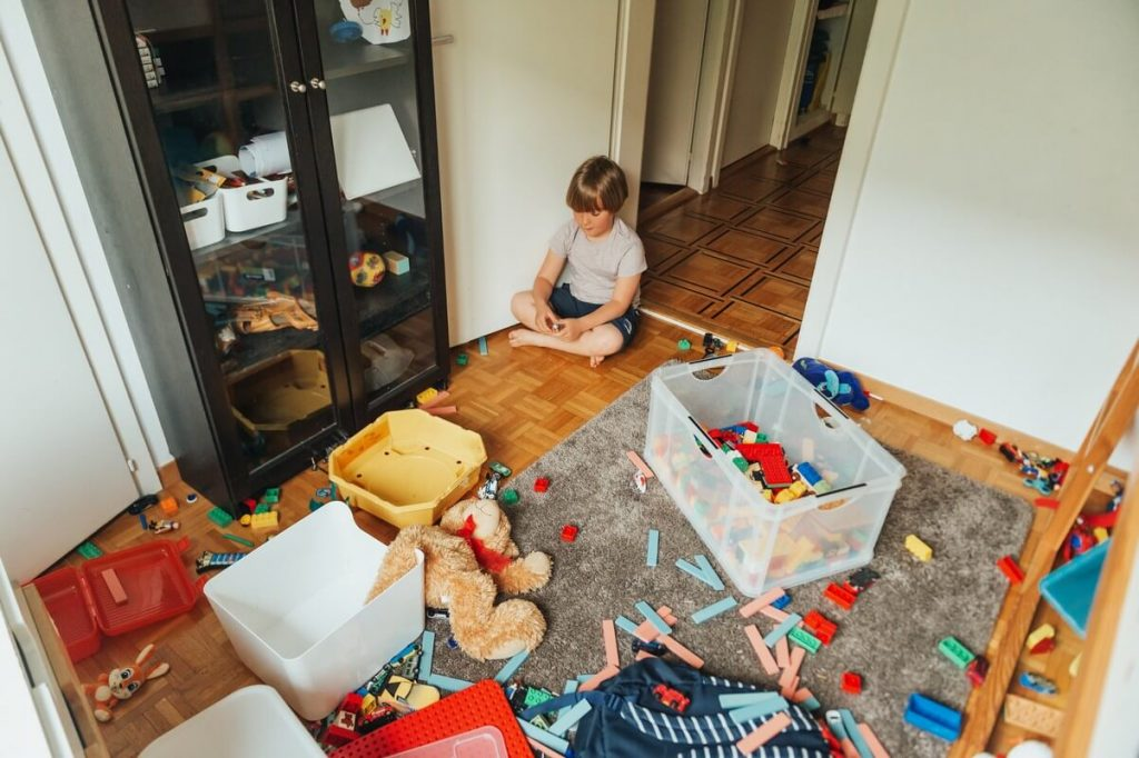 How to Declutter Your Child's Room to Make Way for Play