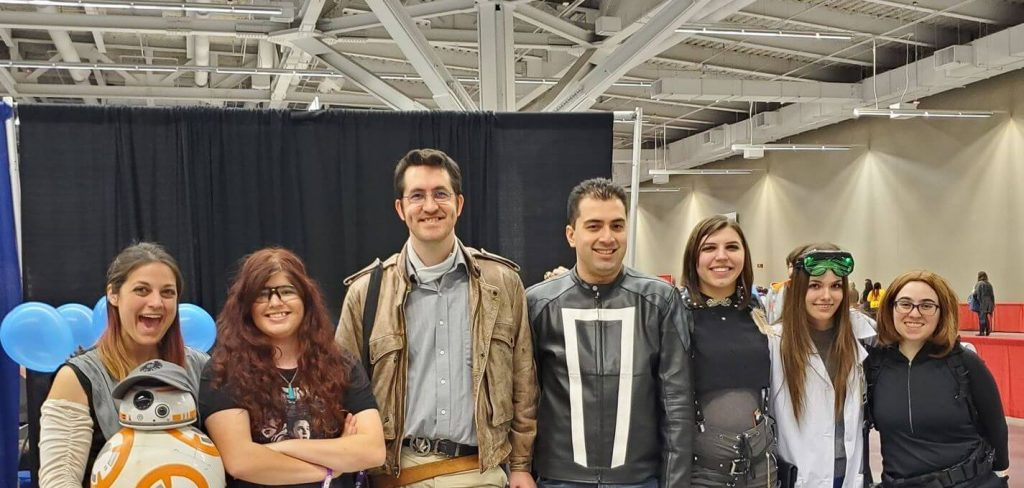 Circleville fan group attends Wizard World Cleveland