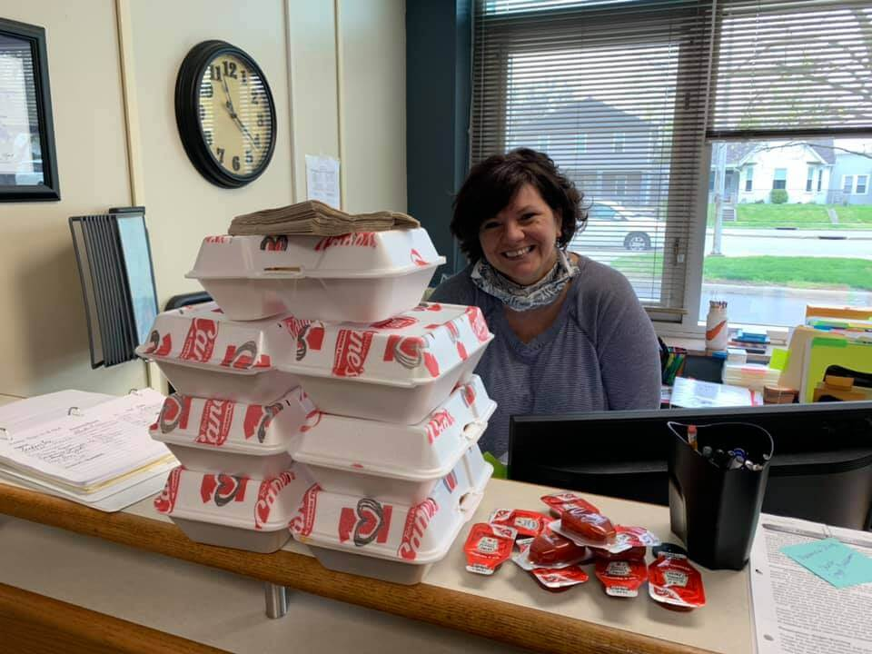 Chain restaurant provides meals for Chillicothe City School District kitchen staff