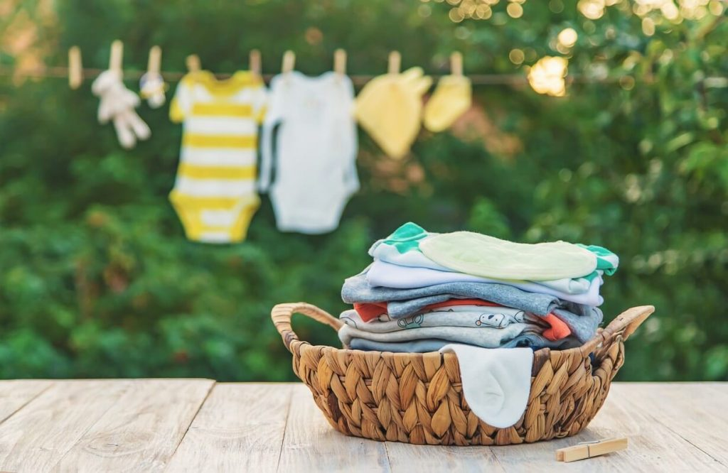 Top Laundry Tips to Treat Common Summer Stains