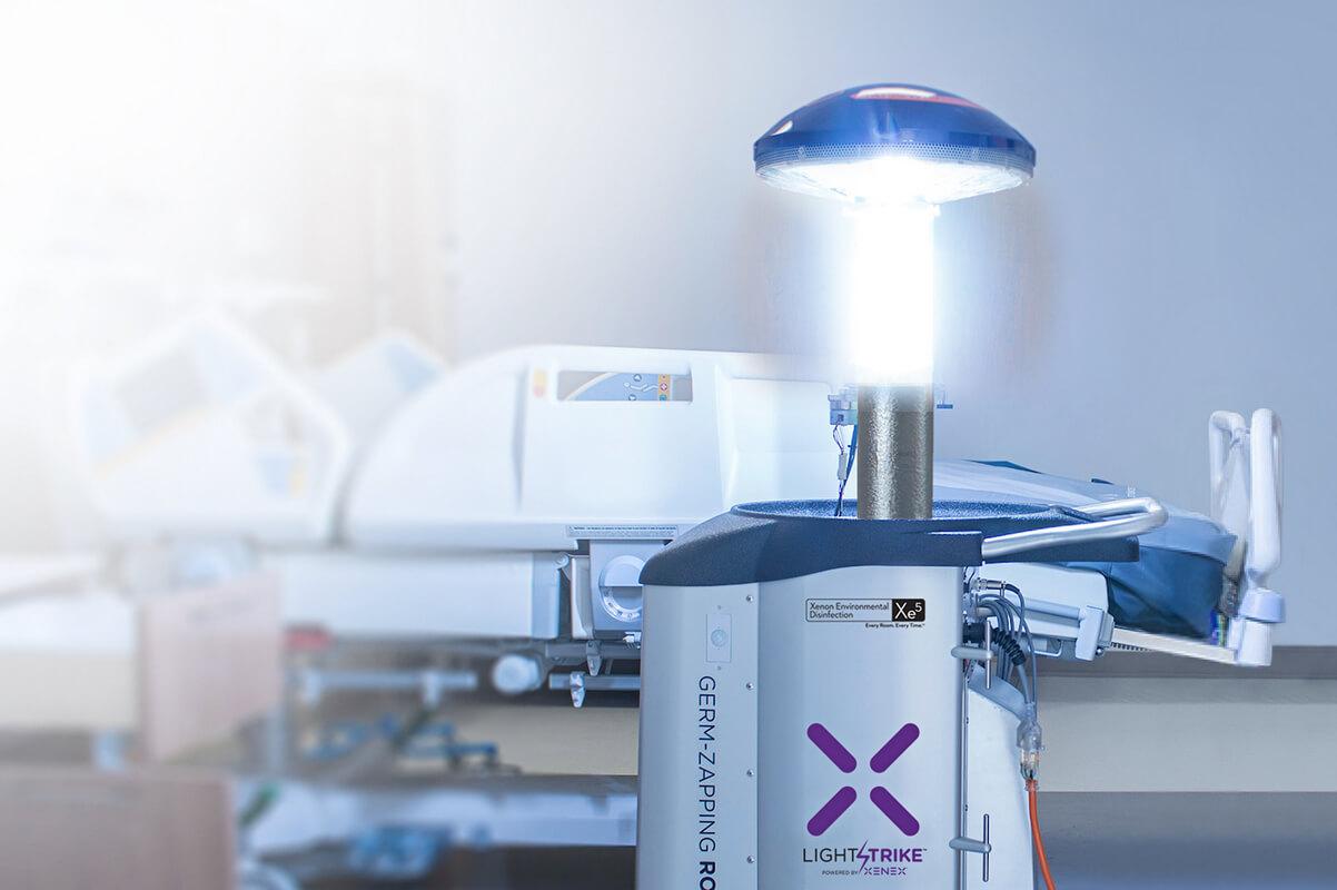 Lightstrike germ zapper robot