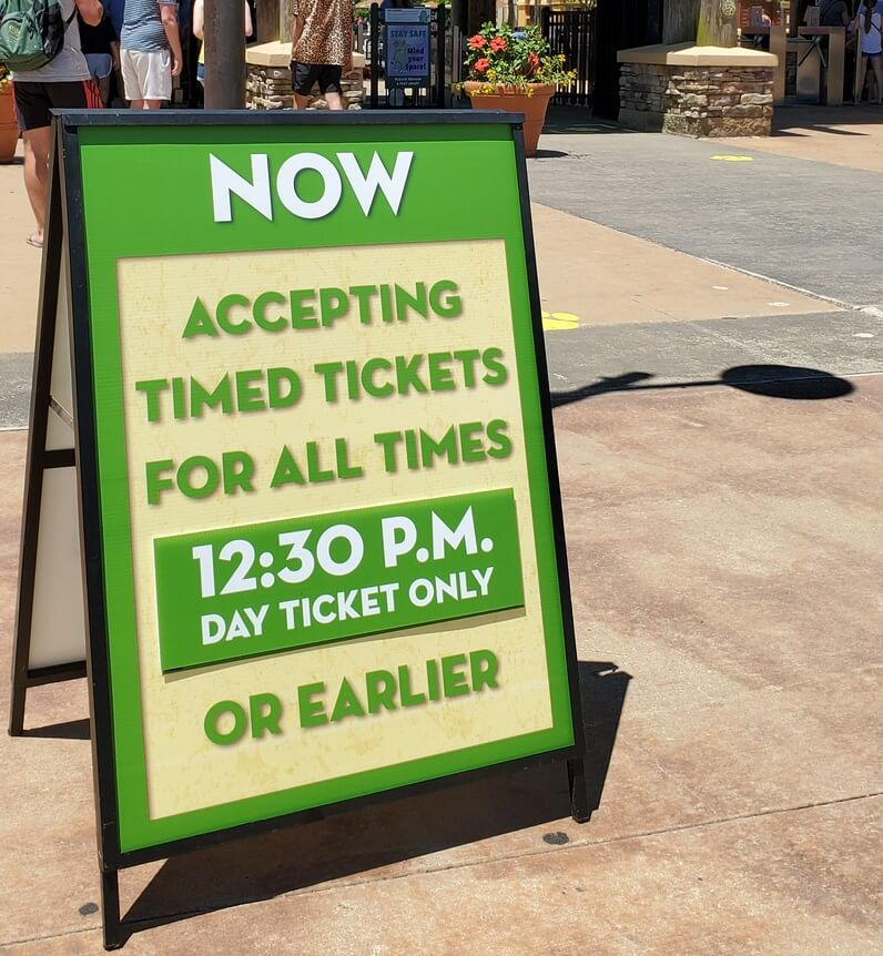 Zoo accepting timed tickets