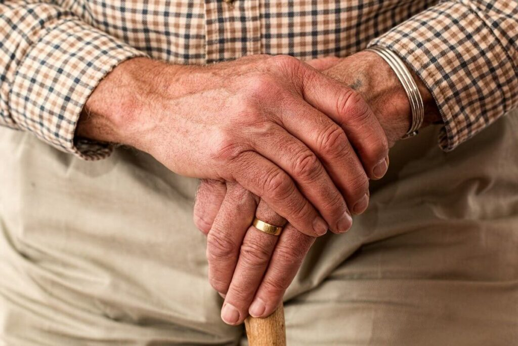 What to do if your grandparent suffers back pain