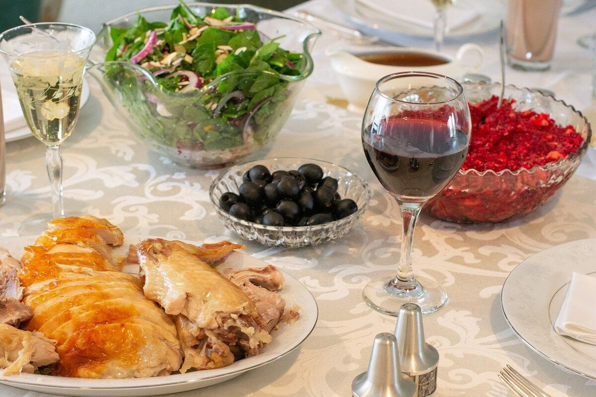 The tempting season - Thanksgiving through Christmas