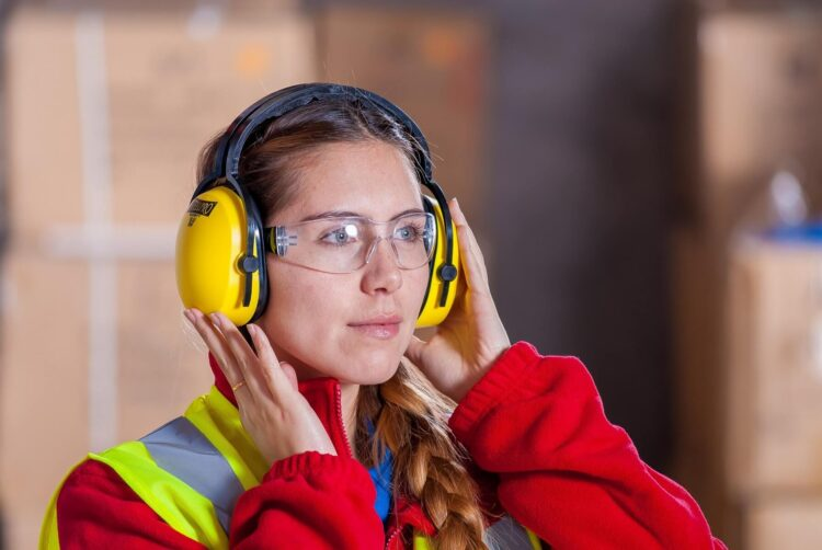 The Ultimate guide to employee safety and productivity at your manufacturing plant