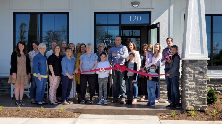 Tootle, Palmer & Ankrom Dentistry grand-opening