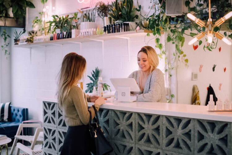 6 Genius ways to get customers to spend more than they planned